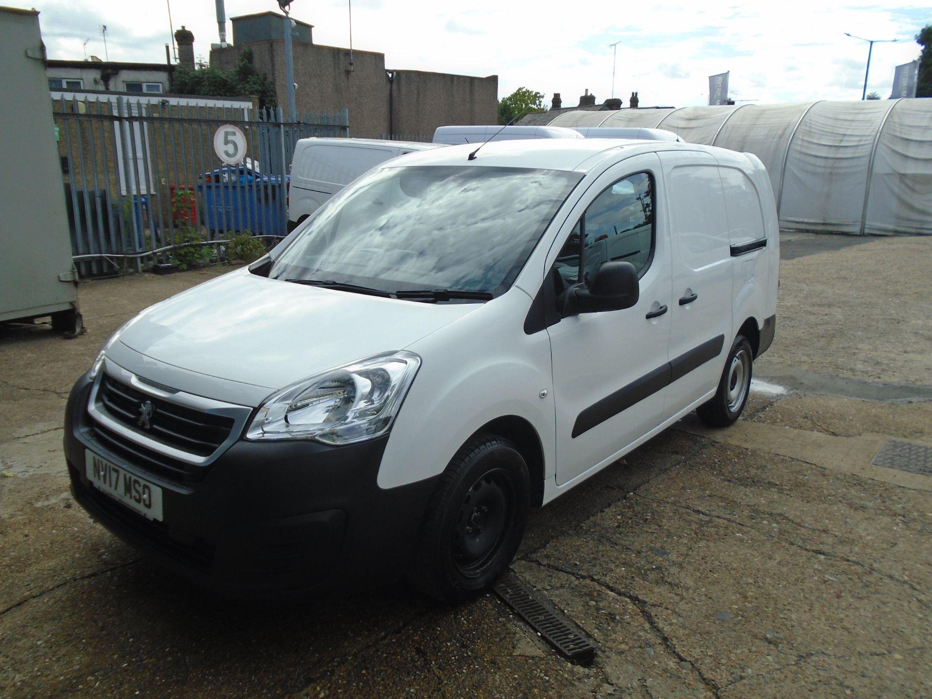 2017 Peugeot Partner 715 S 1.6 Bluehdi 100 Crew Van (NV17MSO) Image 3