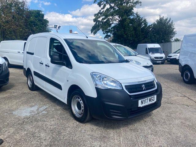 2017 Peugeot Partner 715 S 1.6 Bluehdi 100 Crew Van (NV17MSO) Image 1