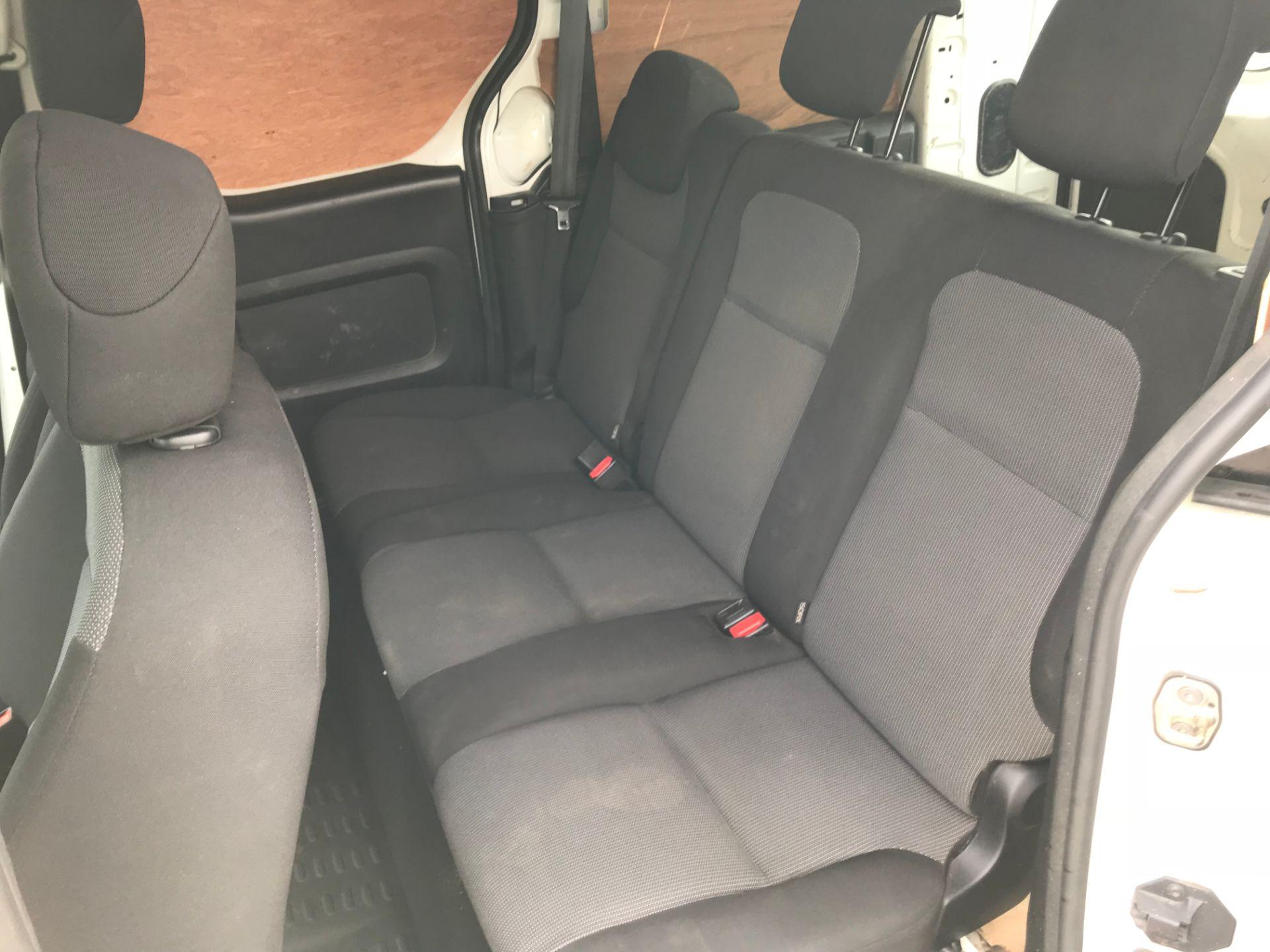 2017 Peugeot Partner 715 S 1.6 Bluehdi 100 Crew Van (NV17MUU) Image 11