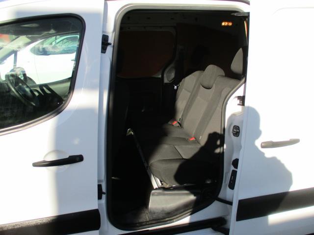 2017 Peugeot Partner 715 S 1.6 Bluehdi 100 Crew Van (NV17NRL) Image 12