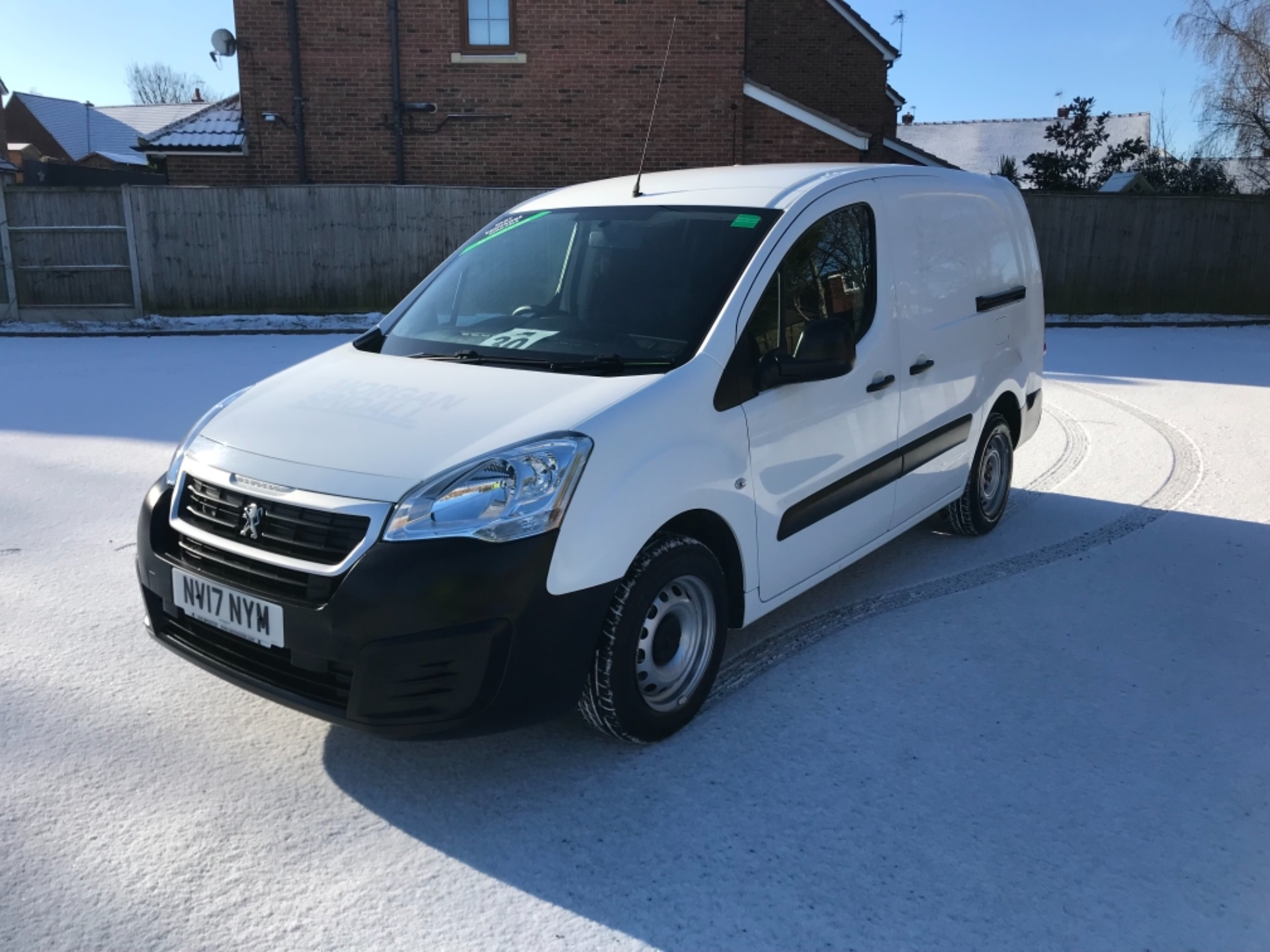 2017 Peugeot Partner L2 715 S 1.6 Bluehdi 100 Crew Van Euro 6  *70 MPH SPEED RESTRICTED (NV17NYM) Image 3