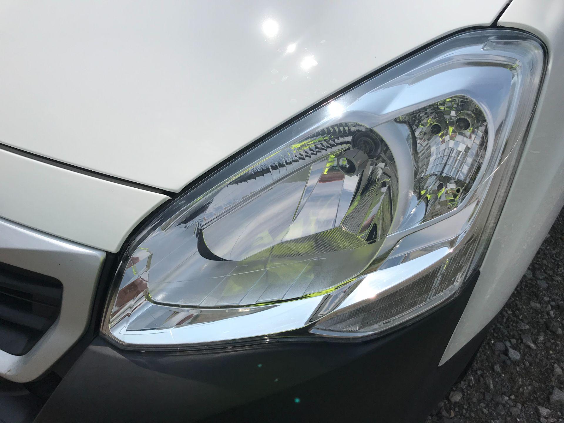 2017 Peugeot Partner 850 1.6 Bluehdi 100 Professional Van [Non Ss] EURO 6 (NV17NZE) Image 38