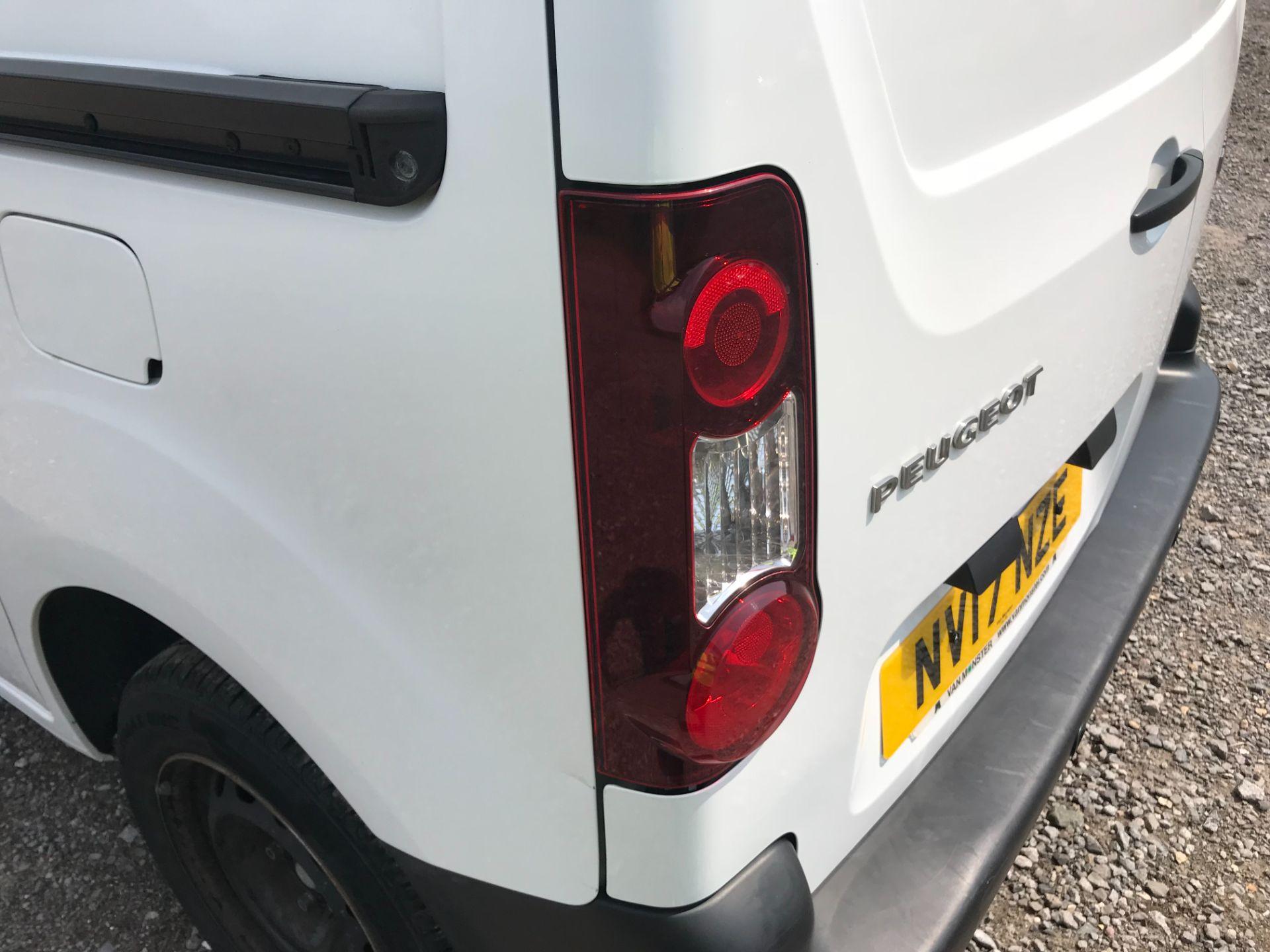 2017 Peugeot Partner 850 1.6 Bluehdi 100 Professional Van [Non Ss] EURO 6 (NV17NZE) Image 43