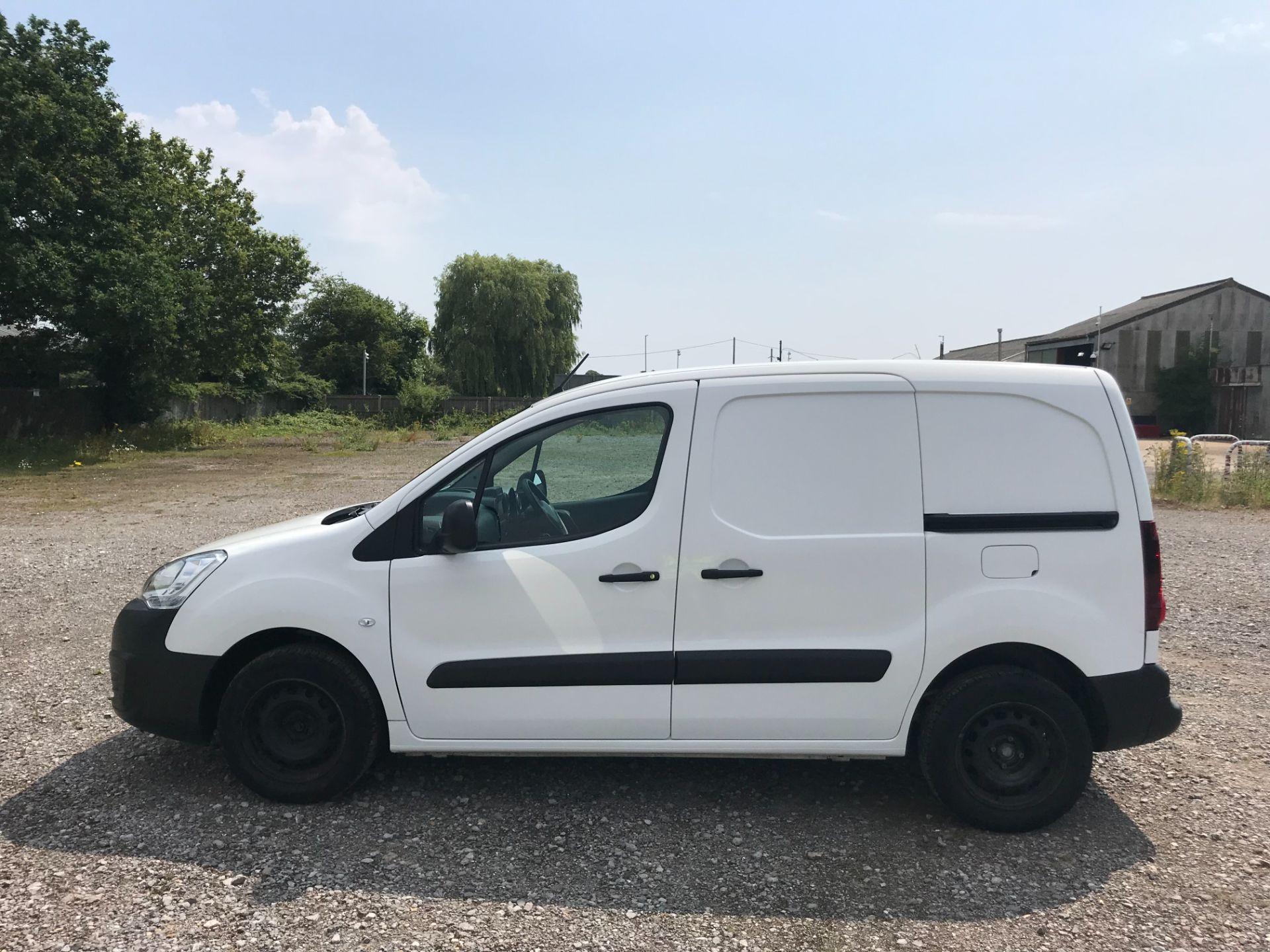 2017 Peugeot Partner 850 1.6 Bluehdi 100 Professional Van [Non Ss] EURO 6 (NV17NZE) Image 8