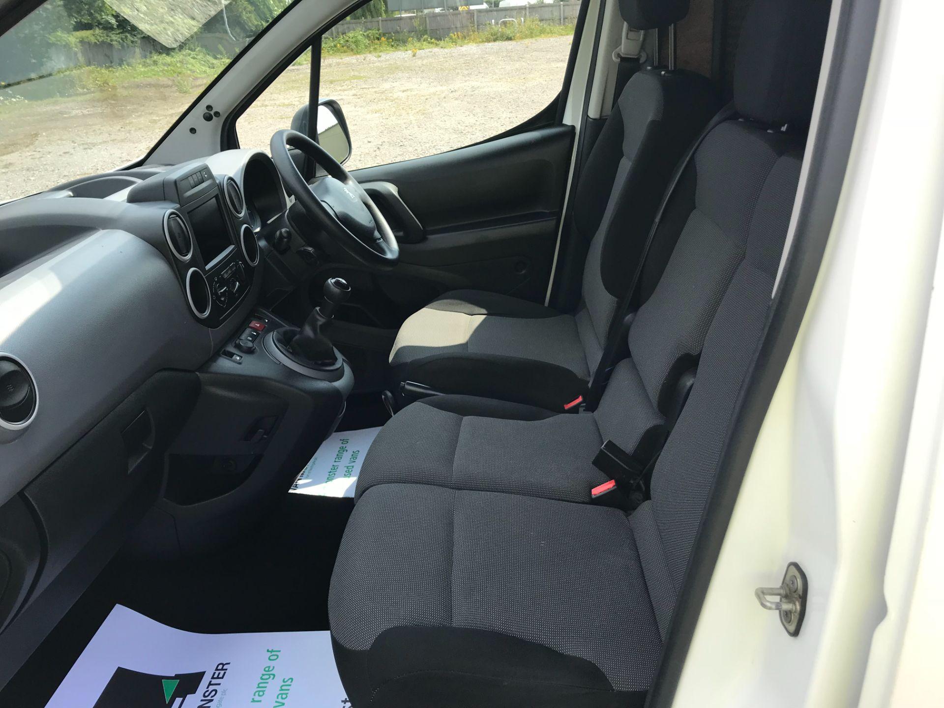 2017 Peugeot Partner 850 1.6 Bluehdi 100 Professional Van [Non Ss] EURO 6 (NV17NZE) Image 20