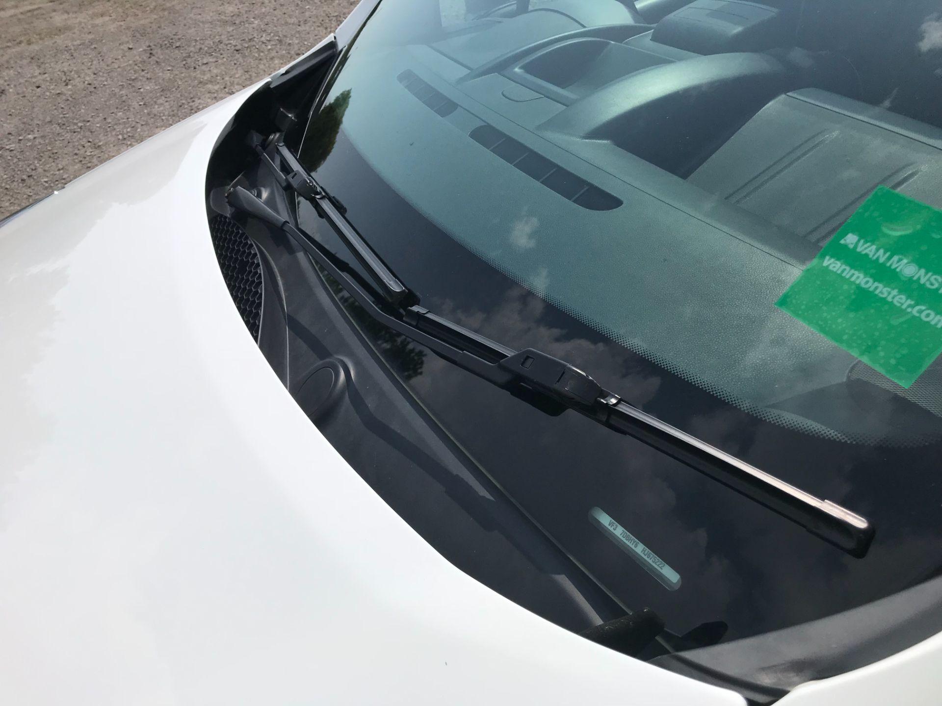 2017 Peugeot Partner 850 1.6 Bluehdi 100 Professional Van [Non Ss] EURO 6 (NV17NZE) Image 41