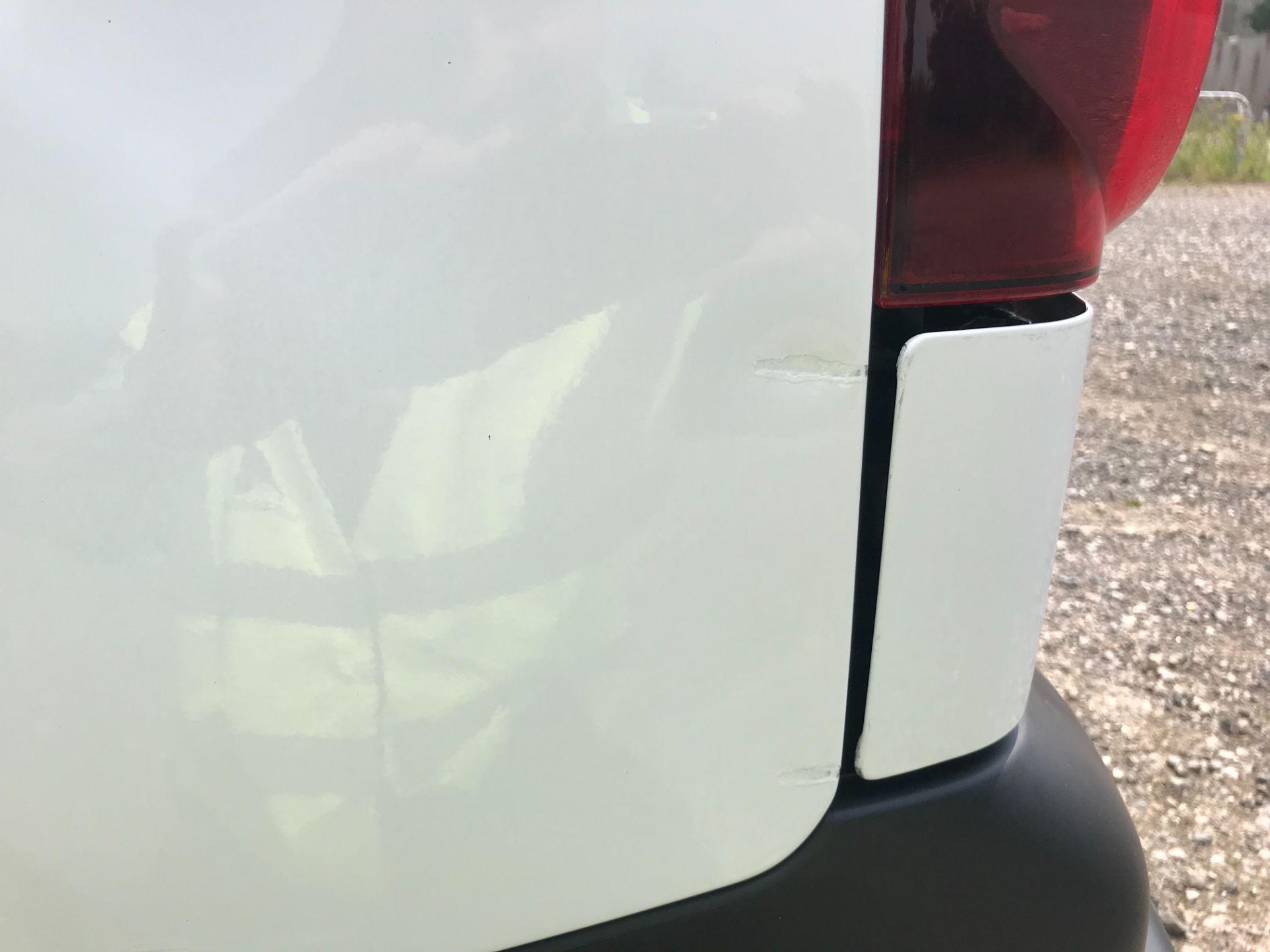 2017 Peugeot Partner 850 1.6 Bluehdi 100 Professional Van [Non Ss] EURO 6 (NV17NZE) Image 16