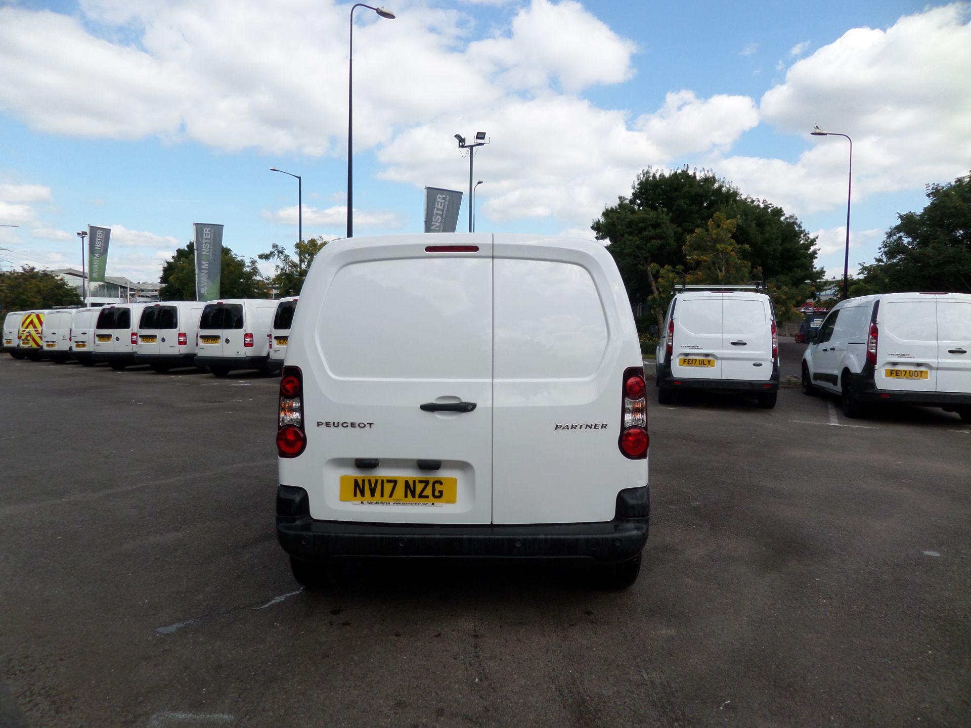 2017 Peugeot Partner 850 1.6 Bluehdi 100 Professional Van [Non Ss] Euro 6 (NV17NZG) Image 3