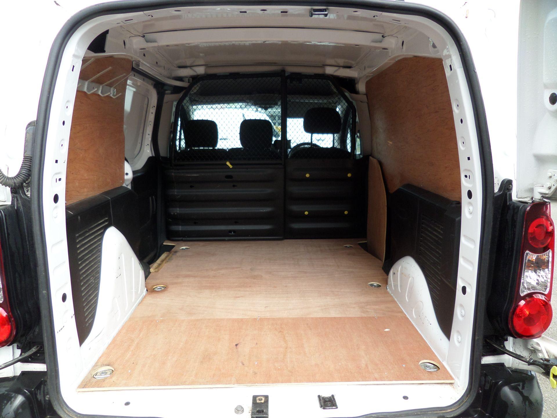 2017 Peugeot Partner 850 1.6 Bluehdi 100 Professional Van [Non Ss] Euro 6 (NV17NZG) Image 5