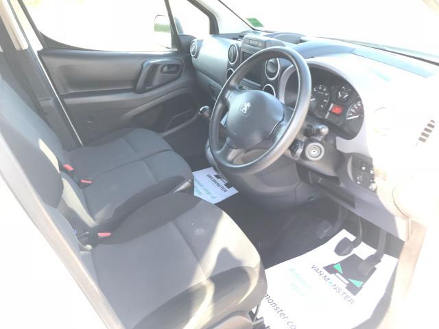 2017 Peugeot Partner 850 1.6 Bluehdi 100 Professional Van [Non Ss] EURO 6 (NV17OED) Image 22