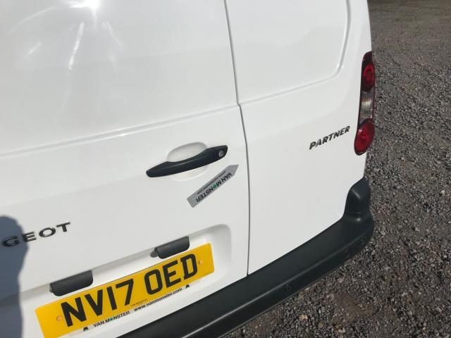 2017 Peugeot Partner 850 1.6 Bluehdi 100 Professional Van [Non Ss] EURO 6 (NV17OED) Image 47