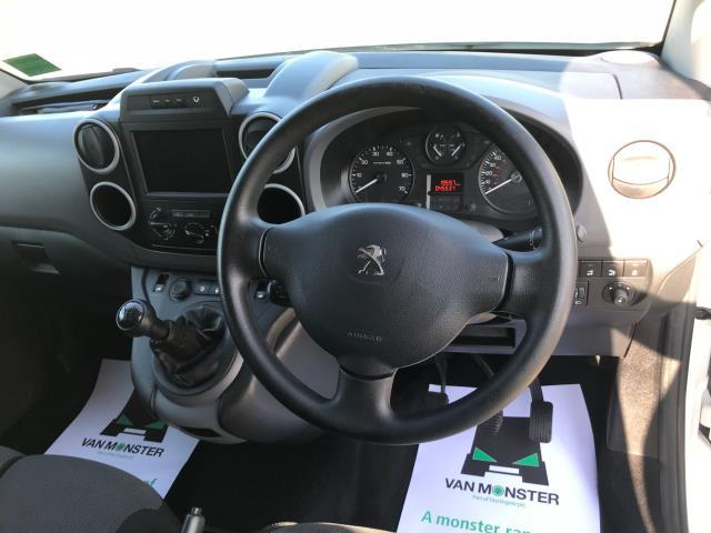 2017 Peugeot Partner 850 1.6 Bluehdi 100 Professional Van [Non Ss] EURO 6 (NV17OED) Image 25