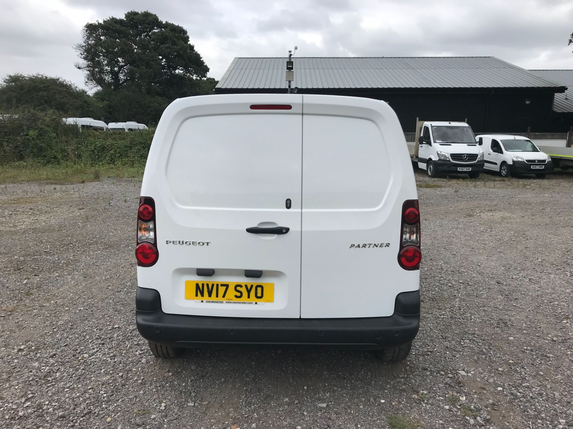 2017 Peugeot Partner L1 850 1.6 BLUEHDI 100 PROFESSIONAL (NON S/S)EURO 6 *Limited to 70MPH* (NV17SYO) Image 5
