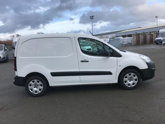 2017 Peugeot Partner 850 1.6 Bluehdi 100 Professional Van [Non Ss] (NV17UUL) Image 10