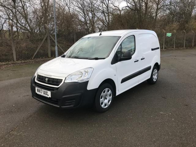 2017 Peugeot Partner 850 1.6 Bluehdi 100 Professional Van [Non Ss] (NV17UUL) Image 3