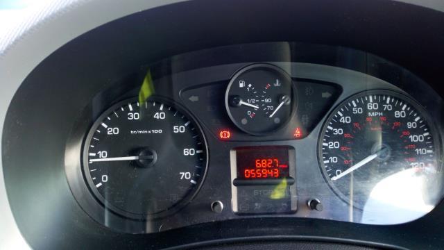 2017 Peugeot Partner 850 1.6 Bluehdi 100 Professional Van [Non Ss] (NV17WHJ) Image 12