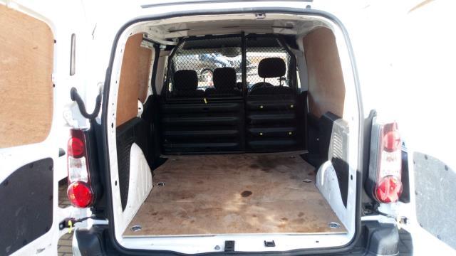 2017 Peugeot Partner 850 1.6 Bluehdi 100 Professional Van [Non Ss] (NV17WHJ) Image 8