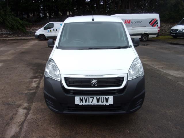 2017 Peugeot Partner 850 1.6 Bluehdi 100 Professional Van [Non Ss] (NV17WUW) Image 18