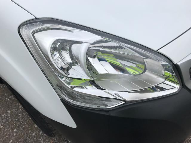 2017 Peugeot Partner L1 850 1.6 BLUEHDI 100 PROFESSIONAL (NON S/S)EURO 6 (NV17YPE) Image 36