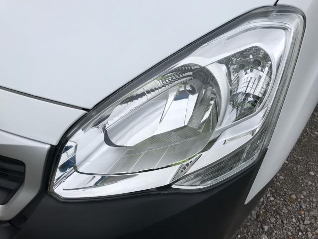 2017 Peugeot Partner L1 850 1.6 BLUEHDI 100 PROFESSIONAL (NON S/S)EURO 6 (NV17YPE) Image 35