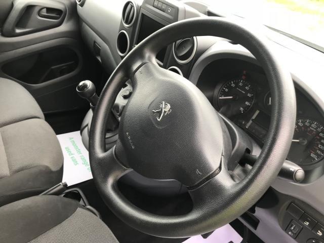 2017 Peugeot Partner L1 850 1.6 BLUEHDI 100 PROFESSIONAL (NON S/S)EURO 6 (NV17YPE) Image 26