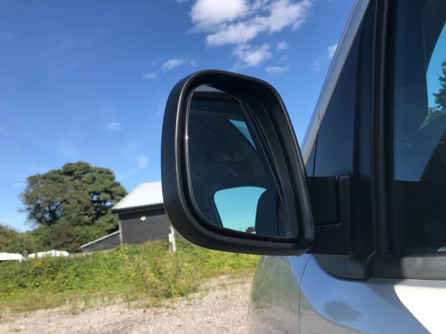 2017 Peugeot Expert STANDARD 1000 1.6 BLUEHDI 95 PROFESSIONAL EURO 6 (NV17YPM) Image 16