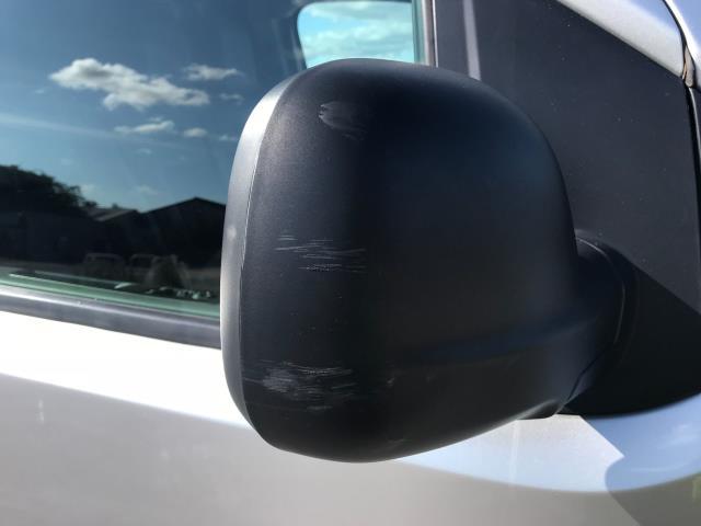 2017 Peugeot Expert STANDARD 1000 1.6 BLUEHDI 95 PROFESSIONAL EURO 6 (NV17YPM) Image 38