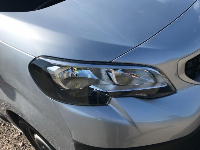 2017 Peugeot Expert STANDARD 1000 1.6 BLUEHDI 95 PROFESSIONAL EURO 6 (NV17YPM) Image 20