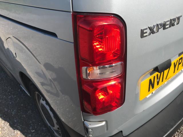 2017 Peugeot Expert STANDARD 1000 1.6 BLUEHDI 95 PROFESSIONAL EURO 6 (NV17YPM) Image 18