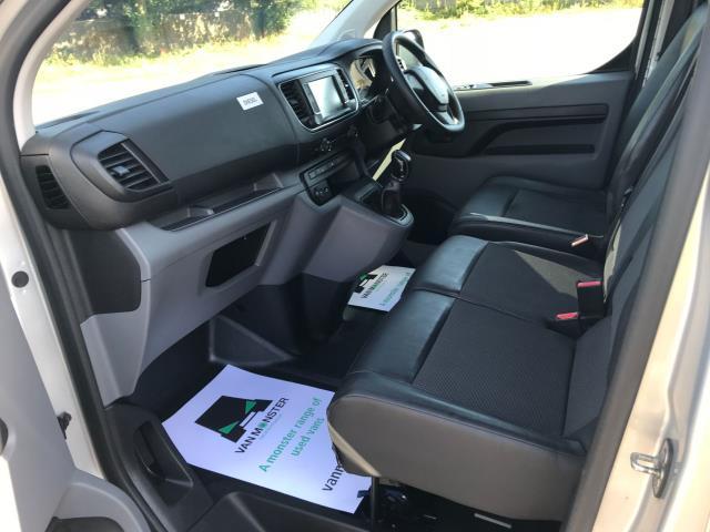 2017 Peugeot Expert STANDARD 1000 1.6 BLUEHDI 95 PROFESSIONAL EURO 6 (NV17YPM) Image 24