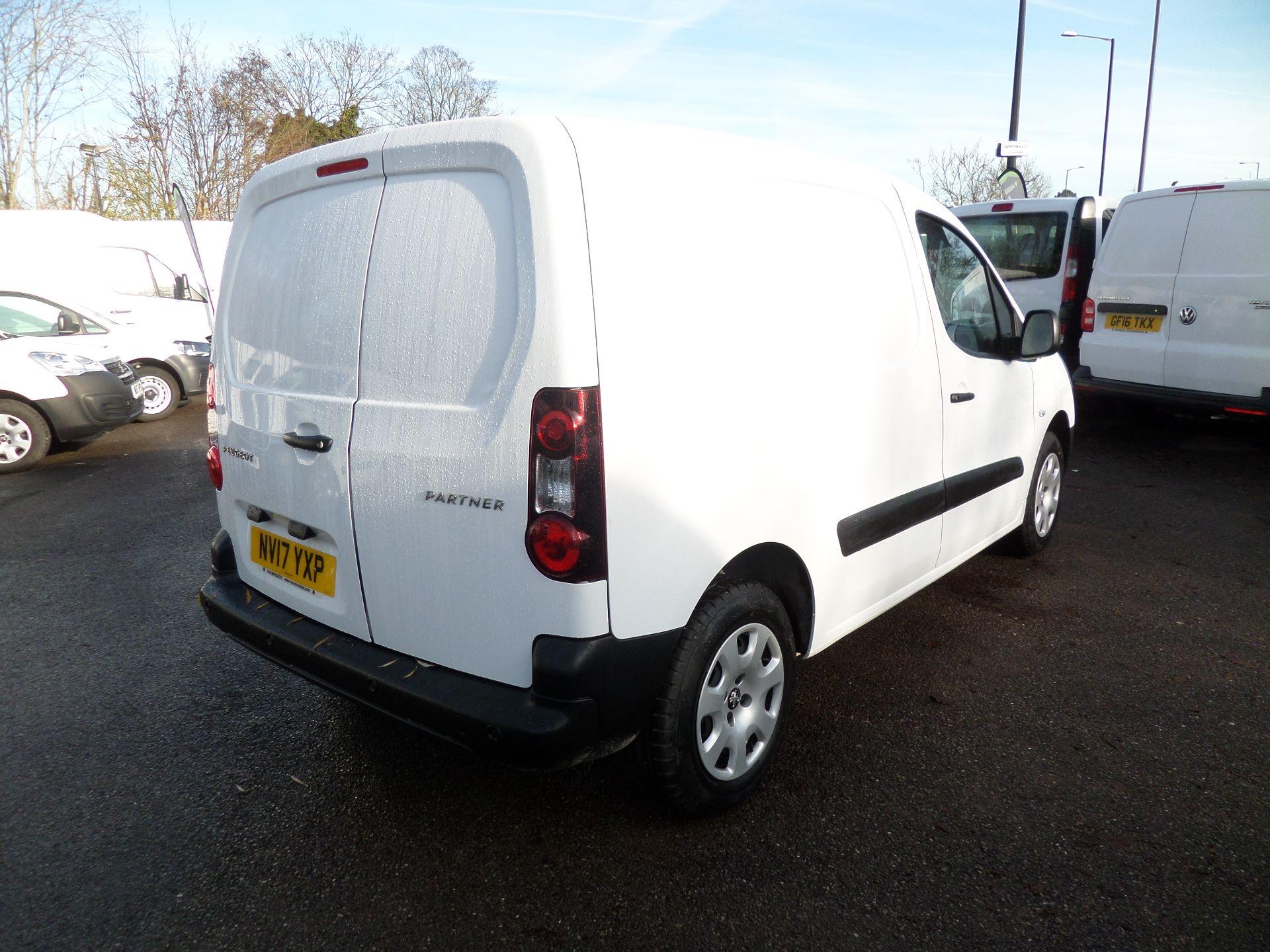 2017 Peugeot Partner 850 1.6 Bluehdi 100 Professional Van [Non Ss] Euro 6 (NV17YXP) Image 7
