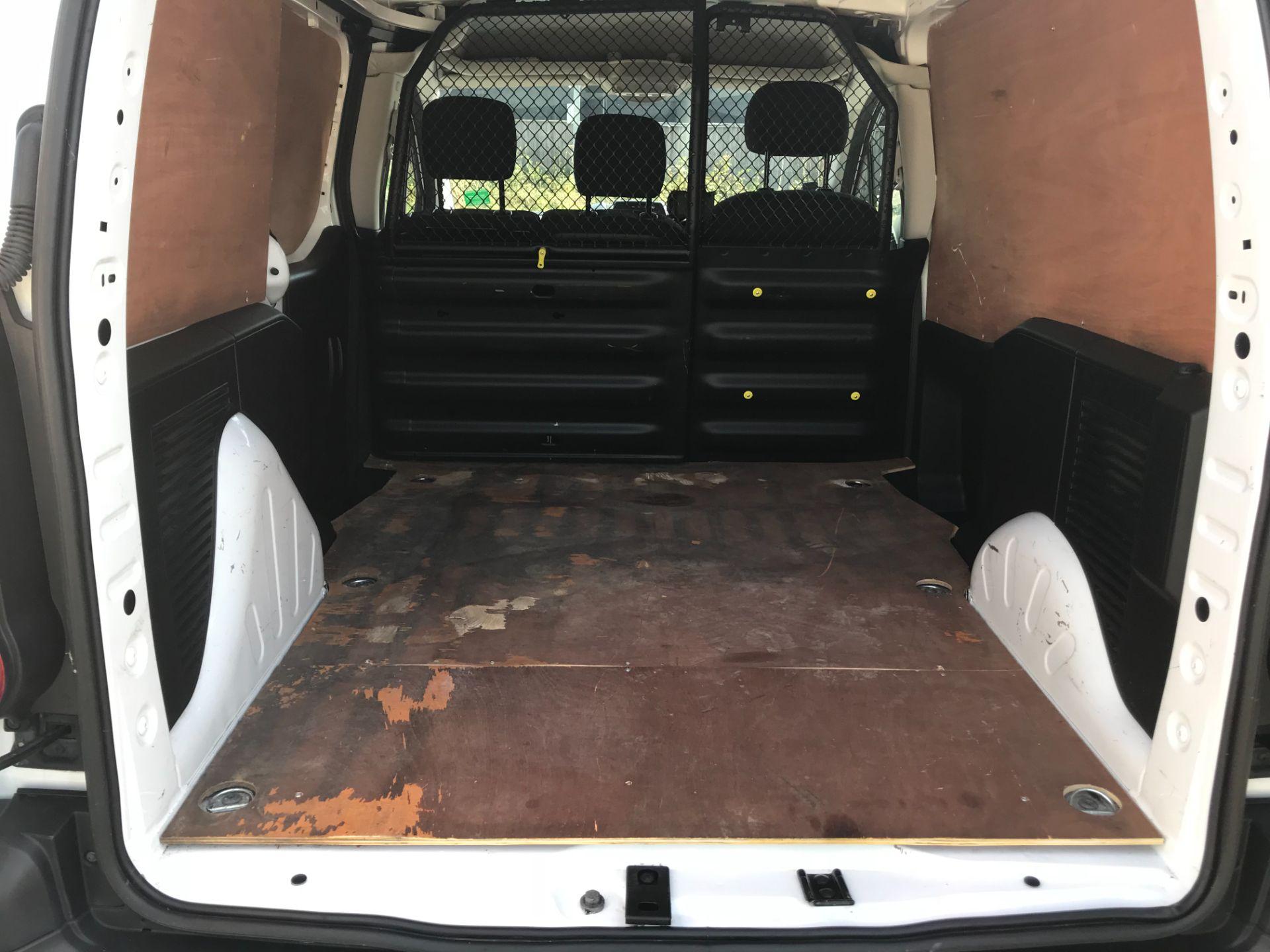 2017 Peugeot Partner 850 1.6 Bluehdi 100 Professional Van [Non Ss] (NV17YZL) Image 12
