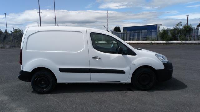 2017 Peugeot Partner 850 1.6 Bluehdi 100 Professional Van [Non Ss] (NV17YZR) Image 8