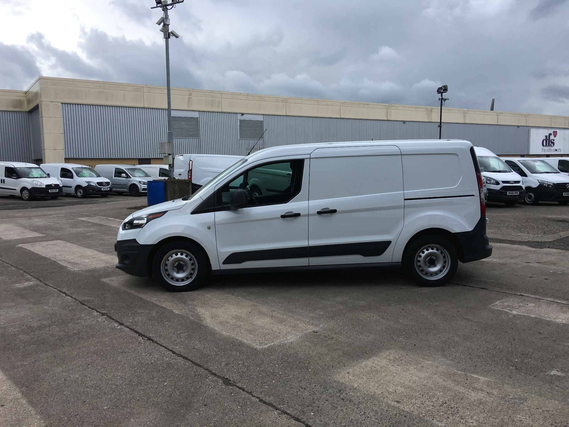 2017 Ford Transit Connect 210 L2 1.5 TDCI 75PS VAN EURO 6 (NV17ZDG) Image 12