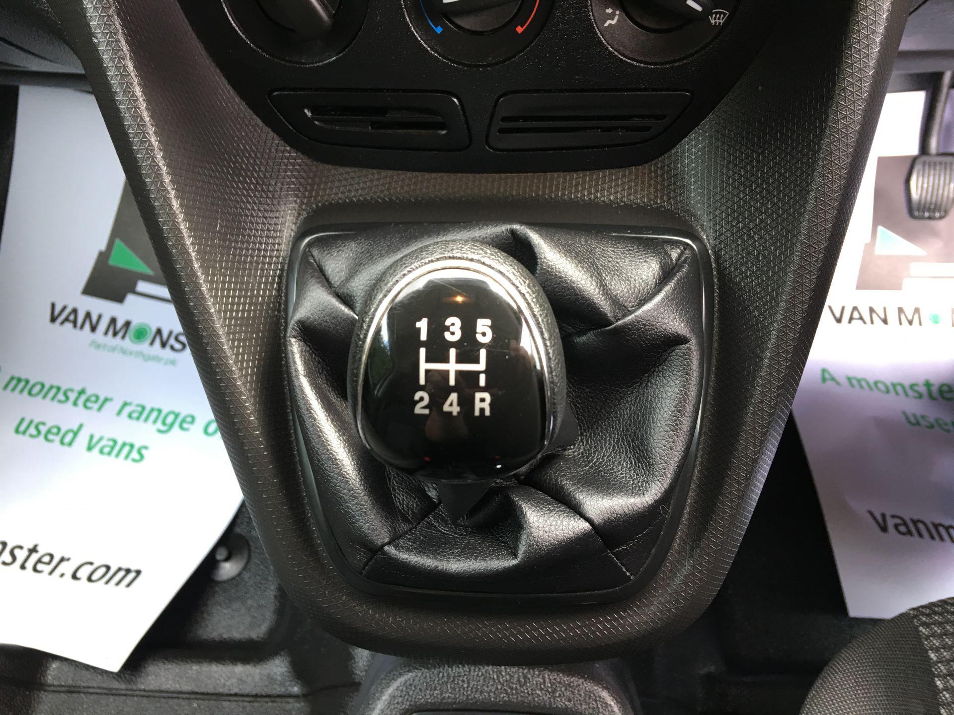 2017 Ford Transit Connect 210 L2 1.5 TDCI 75PS VAN EURO 6 (NV17ZDG) Image 4