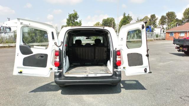 2018 Peugeot Partner 715 S 1.6 Bluehdi 100 Crew Van (NV18BZU) Image 10