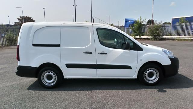 2018 Peugeot Partner 715 S 1.6 Bluehdi 100 Crew Van (NV18BZU) Image 8