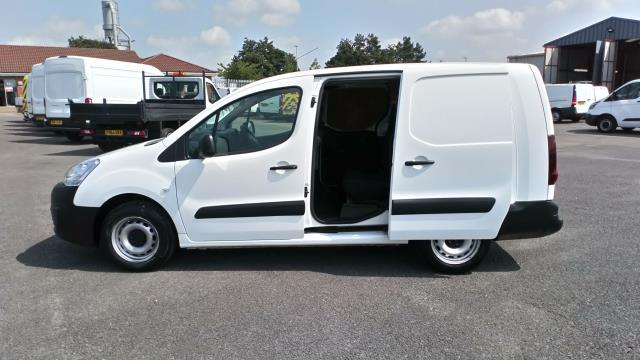 2018 Peugeot Partner 715 S 1.6 Bluehdi 100 Crew Van (NV18BZU) Image 9