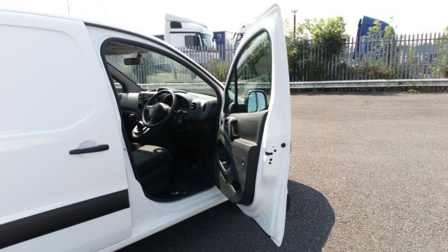 2018 Peugeot Partner 715 S 1.6 Bluehdi 100 Crew Van (NV18ECW) Image 15