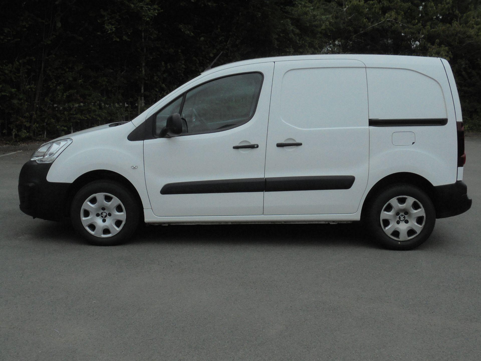 2018 Peugeot Partner 850 1.6 Bluehdi 100 Professional Van [Non Ss] (NV18EDK) Image 4