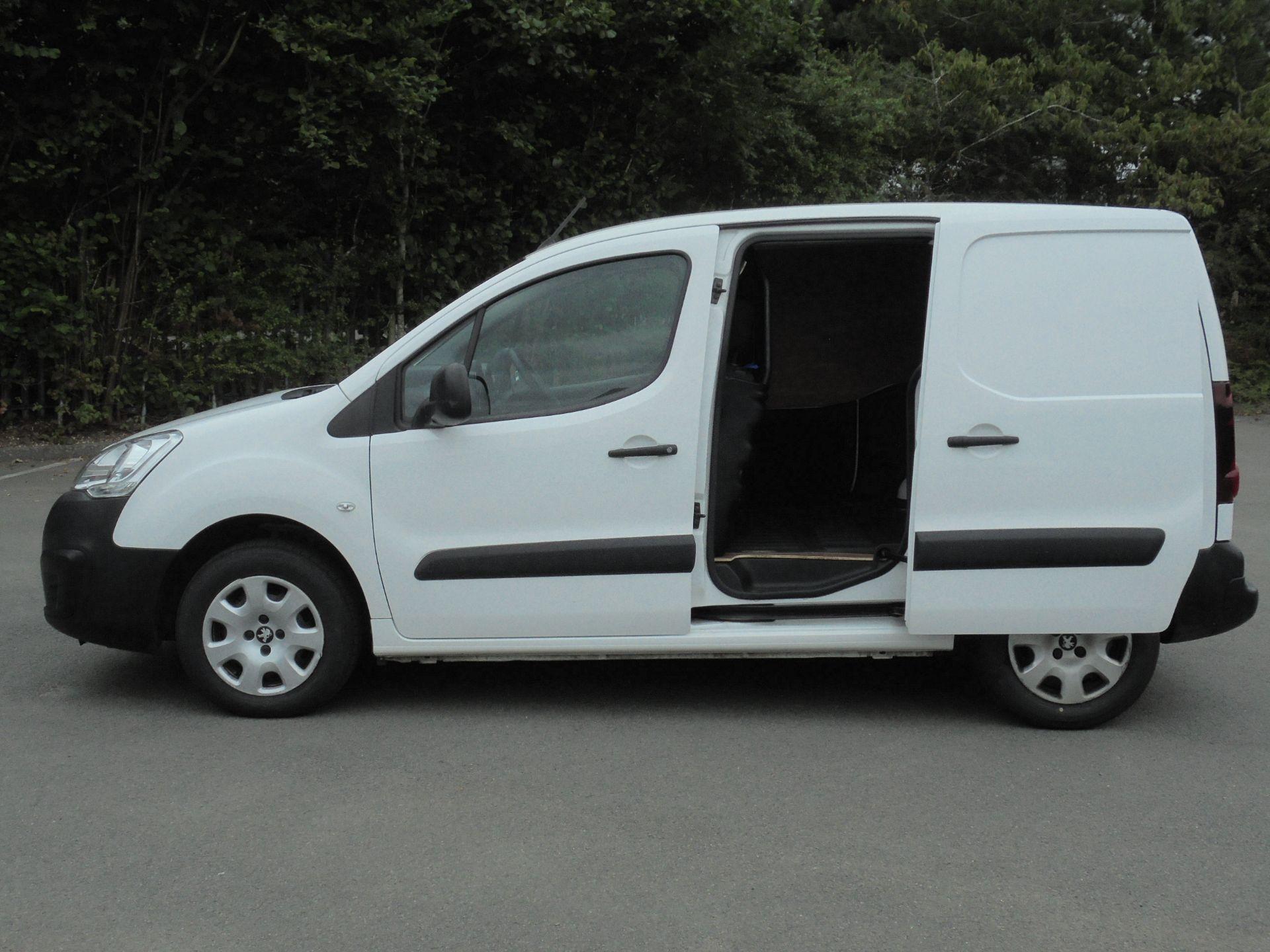 2018 Peugeot Partner 850 1.6 Bluehdi 100 Professional Van [Non Ss] (NV18EDK) Image 6