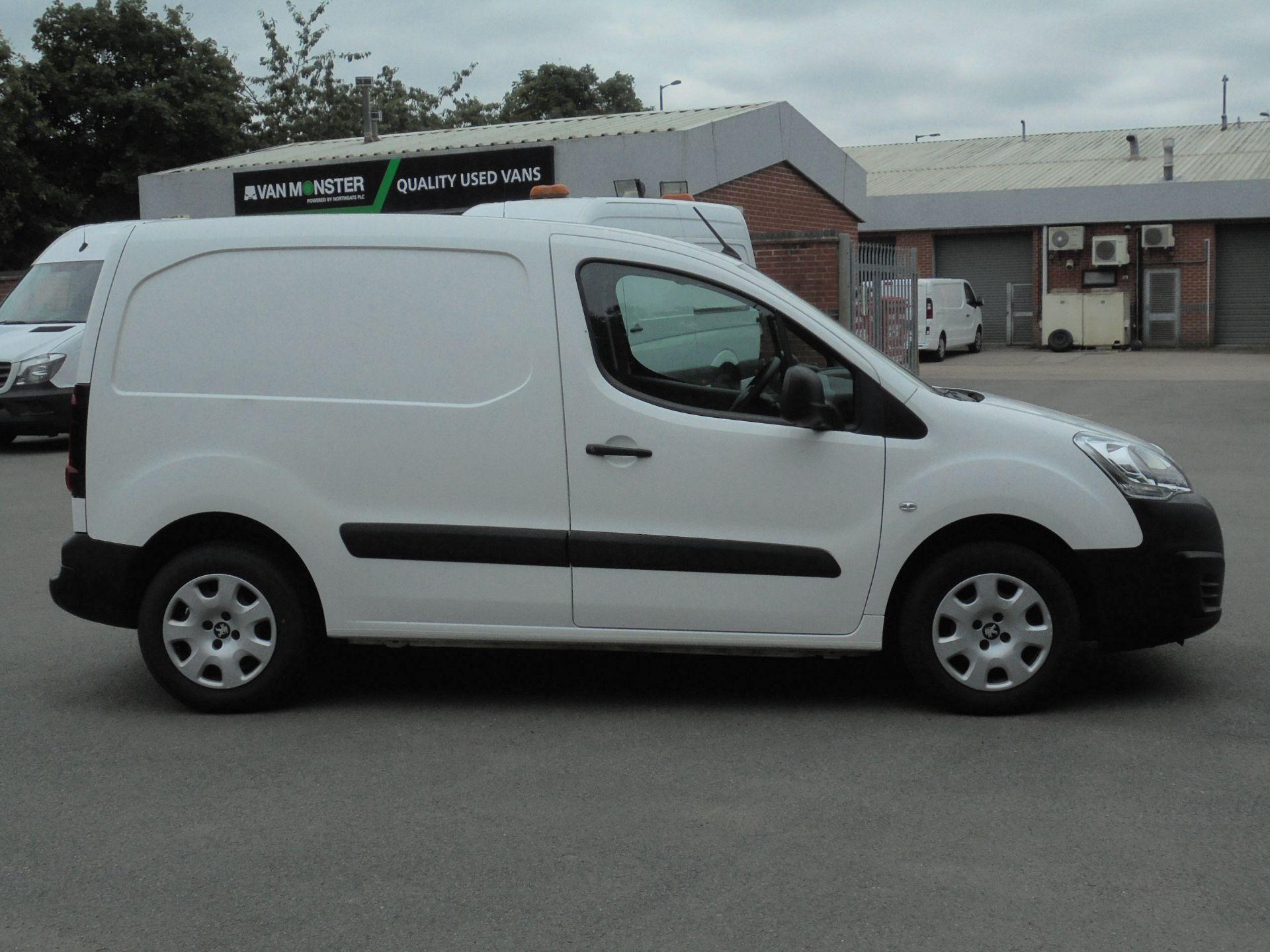 2018 Peugeot Partner 850 1.6 Bluehdi 100 Professional Van [Non Ss] (NV18EDK) Image 10