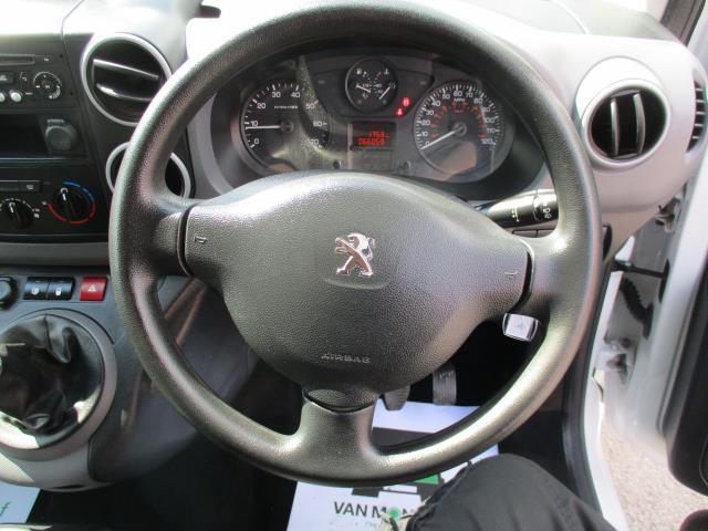 2018 Peugeot Partner L2 715 S 1.6 BLUEHDI 100 CREW VAN EURO 6  (NV18EFT) Image 14