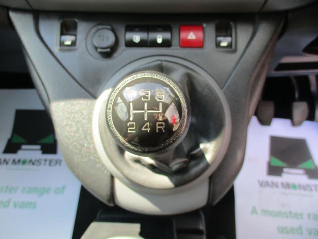 2018 Peugeot Partner L2 715 S 1.6 BLUEHDI 100 CREW VAN EURO 6  (NV18EFT) Image 16