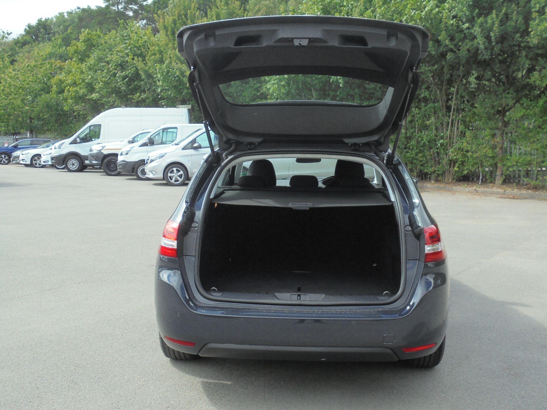 2018 Peugeot 308 1.5 Bluehdi 130 Active 5Dr (NV18FKY) Image 8