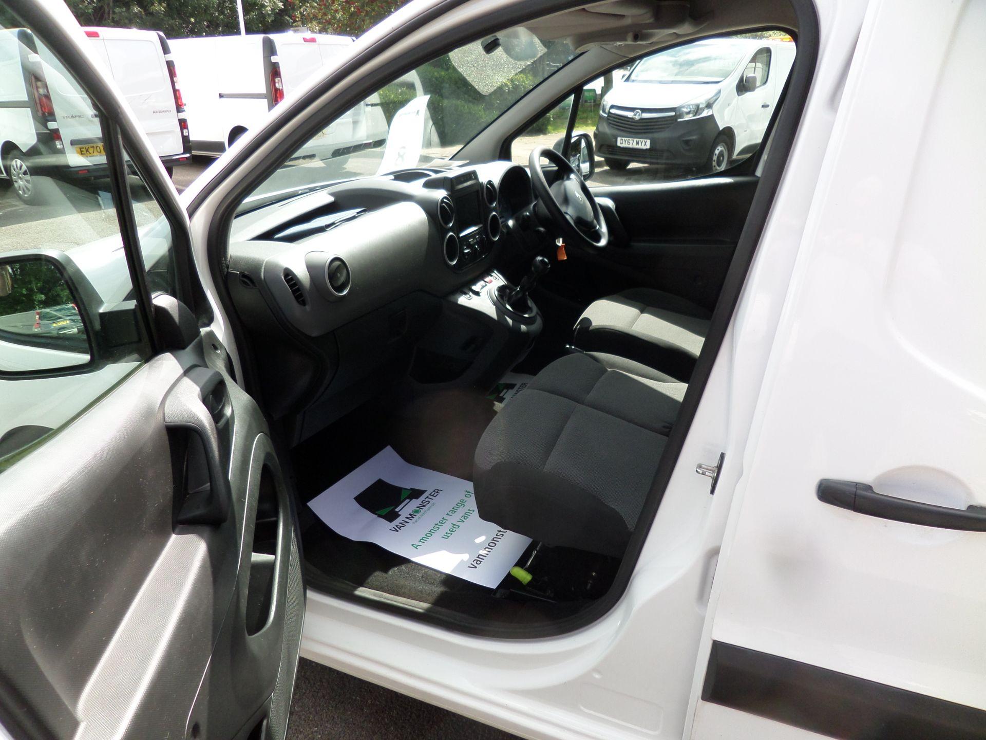 2018 Peugeot Partner 850 1.6 Bluehdi 100 Professional Van [Non Ss] Euro 6 (NV18FLK) Image 8