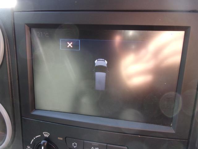 2018 Peugeot Partner L1 850 1.6 BLUEHDI 100PS PROFESSIONAL (NON S/S) EURO 6 (NV18HVE) Image 9