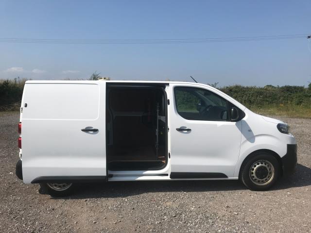 2018 Peugeot Expert STANDARD 1000 1.6 BLUEHDI 95 PROFESSIONAL EURO 6 (NV18MWF) Image 5