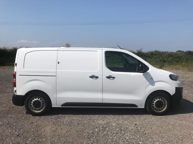 2018 Peugeot Expert STANDARD 1000 1.6 BLUEHDI 95 PROFESSIONAL EURO 6 (NV18MWF) Image 4
