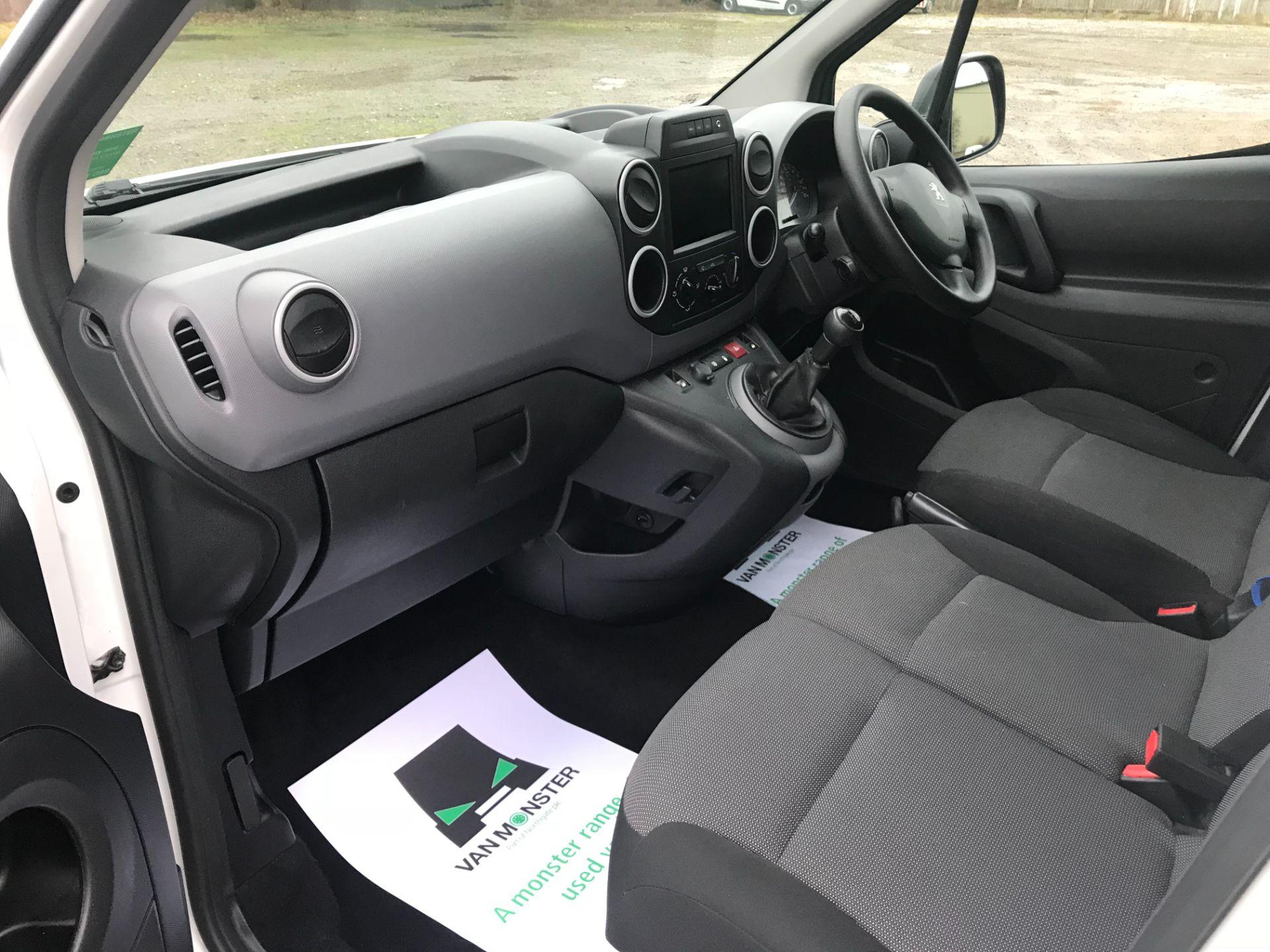 2018 Peugeot Partner 850 1.6 Bluehdi 100 Professional Van [Non Ss] EURO 6 (NV18MWN) Image 18